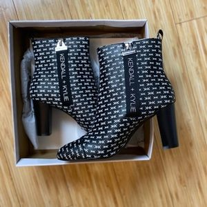 NWT Kendall and Kylie Booties